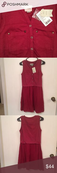 Anthropologie dress Brand new with tags. Saturday/Sunday Highway Day dress from Anthropologie. Two toned red with pockets on the bust and at the hip. Fit and flare Anthropologie Dresses Midi