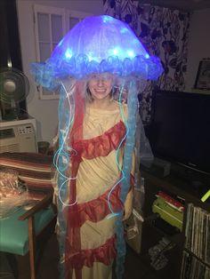 Glow in the dark kids jellyfish costume pinterest jellyfish diy jellyfish costume solutioingenieria Choice Image