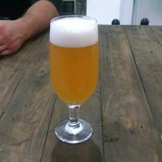 Cerveja Balrog Strong Ale, estilo Belgian Golden Strong Ale, produzida por  Cervejaria Caseira, Brasil. 8.9% ABV de álcool.