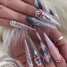 45 Inspirational Stiletto Nails With Rhinestone. Stiletto nails are also known as talon or claw nails. These ultra-pointy nails are cool and sexy. Nail Stiletto, Pointy Nails, Coffin Nails, Crazy Nails, Dope Nails, Rhinestone Nails, Bling Nails, Nail Swag, Nail Art Designs