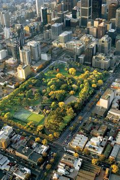 The World's Greatest Urban Parks: Flagstaff Gardens, Melbourne, Australia Melbourne Victoria, Victoria Australia, Parks, Australian Continent, Urban Park, Largest Countries, Australia Travel, Wonders Of The World, Food Design