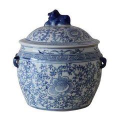 Blue & White Chinese Foo Dog Jar
