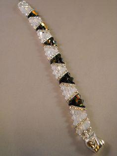 Swarovski Crystal Bracelet ideswarovski bracelets a * Bead Jewellery, Seed Bead Jewelry, Wire Jewelry, Jewelry Crafts, Beaded Jewelry, Jewelery, Handmade Jewelry, Seed Beads, Jewelry Necklaces