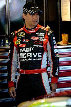 Jeff Gordon Lashes Out at Dale Earnhardt Jr.: NASCAR News  http://sports.yahoo.com/news/jeff-gordon-lashes-dale-earnhardt-jr-nascar-fan-091000163--nascar.html