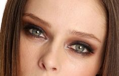 Oddly Appealing: Coco Rocha's Alluring Alien-esque Eye Makeup: Girls in the Beauty Department