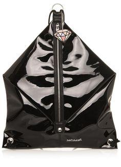 Stylová taška s rozmanitým využitím od trendy udávající španělské značky Sixtyseven! Určitě jste zaznamenali trend, který se v současné době... Trendy, Bags, Shoes, Fashion, Handbags, Moda, Zapatos, Shoes Outlet, Fashion Styles