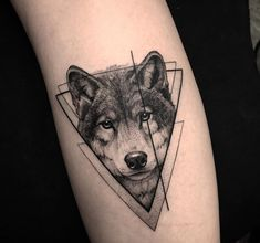Wolf Tattoos That Take Your Breath Away [Latest 2019 Trends] wolf tattoo - Tattoos And Body Art Trendy Tattoos, Unique Tattoos, Cute Tattoos, Body Art Tattoos, New Tattoos, Small Tattoos, Tattoos For Guys, Tattoos For Women, Wolf Tattoos