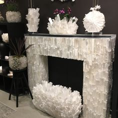 I was digging through pictures from my trip to high point market this last spring and knew I just had to share these pics with you! Crystal Room, Crystal Decor, Crystals In The Home, Large Crystals, Miami Houses, Faux Fireplace, Diy Mirror, Resin Art, My Dream Home