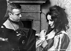"""Elizabeth Taylor in """"The Taming of the Shrew"""""""