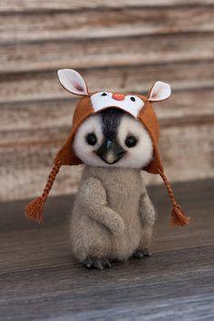 Stuffed Animal Patterns, Stuffed Animals, Santas Workshop, Cute Toys, Sheep Wool, Panda Bear, Bird Feathers, Teddy Bears, Guinea Pigs