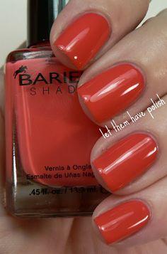 love this nail color..