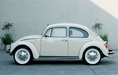 ☆ VW classic bug ☆ my dream car, yo.