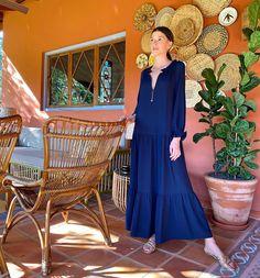 """Anna Fasano no Instagram: """"Estreando meu vestido lindo hoje para contar para vocês que a pré venda da coleção nova da @amissimaoficial começou e está simplesmente…"""""""