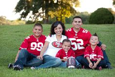 Bee Mine Photography | Canton Ohio Photography | Family Photos | Family Pictures | Sports family pictures