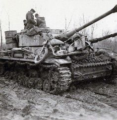 Pz IV H and DKW NZ350 in the mud