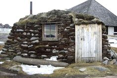 Igloos and Ice: the tiny houses of the Inuit Culture- Turf Huts