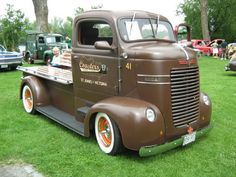 '41 Dodge COE don't see many Dodge COEs. i like the hidden compartments under the custom flat bed.: