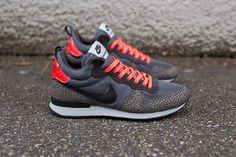 "Nike Internationalist Mid ""Cool Grey & Safari"""