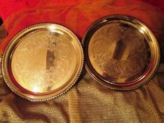William Rogers Silverplate Serving Trays  1940s Vintage Trays - Good Buy!  Just in time for the holidays!  Elegant holiday serving.