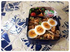 ソース焼きそば ゆで卵 ミニトマト 長ひじき煮 冷凍ゼリー