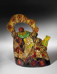 Gail Markiewicz Ceramic Teapots, Ceramic Art, Cute Teapot, Tea Cookies, Asian Design, Historical Artifacts, Tea Pot Set, Chocolate Pots, Tea Bowls