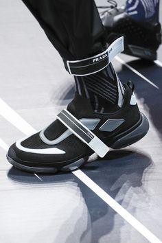 prada shoes men s uk basketball 2017\/2018 calendar