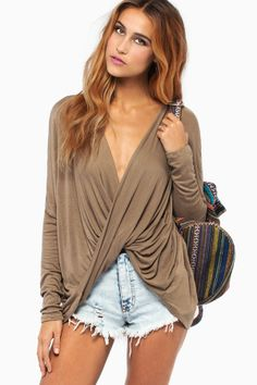 47554d47d6 Tobi Lovely Days Top with a bralette under it but still super cute