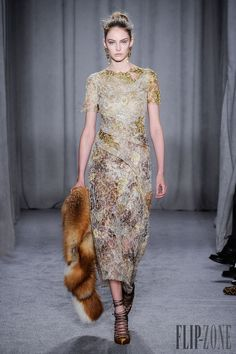 Marchesa Outono-Inverno 2014-2015 - Prêt-à-porter - http://pt.flip-zone.com/fashion/ready-to-wear/fashion-houses-42/marchesa-4538 - ©PixelFormula