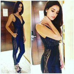 #ravishingcollection #fashionaccessories #instafashion #instaday #instalike #style #womenfashion #instastyle #latestfashion #fashionforyou #fashion #india #women #girls #diva #bestylish #fashioninsta #befashionable #bollywoodfashion #celebstyle #bollywood #beauty http://butimag.com/ipost/1500015924052733902/?code=BTRIIkWl6_O