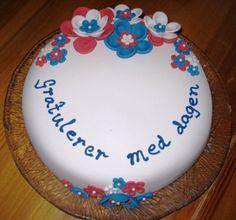 17. mai kake Food And Drink, Birthday Cake, Baking, Desserts, Tailgate Desserts, Deserts, Birthday Cakes, Bakken, Postres
