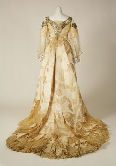 1900 Ball Gowns | Worth Ball Gown c.1900 (Back View) The Metropolitan Museum Of Art