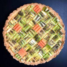 Fresh Fruit Cake, Fruit Tart, Pie Recipes, Sweet Recipes, Dessert Recipes, Pastel Art, Mixed Berry Pie, Pie Crust Designs, Pies Art