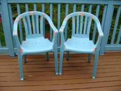 Paint and decoupage revitalise old plastic garden chairs beautifully. Upcycled Furniture, Painted Furniture, Furniture Ideas, Painting Plastic Chairs, Plastic Garden Chairs, Decoupage Chair, Ugly To Pretty, Sanding Block, You're Awesome