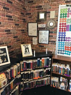 Welcome to my Harry Potter Farmhouse Chic classroom! Before I get into the nitty gritty, I want to remind all of my readers that. Middle School Classroom, Science Classroom, Future Classroom, Classroom Themes, Castle Classroom, English Classroom Decor, Modern Classroom, Harry Potter Classroom, Classroom Inspiration