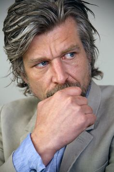 'My Struggle: Book 5,' by Karl Ove Knausgaard - The New York Times