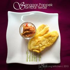 Sanggar Pappek - Pisang Ketuk. Makanan tradisi masyarakat Bugis. Snek homemade yang enak di makan bersama Sambal Terasi