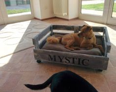 Doggy bed made with pallet wood And handmade by GARAGEbySilvio