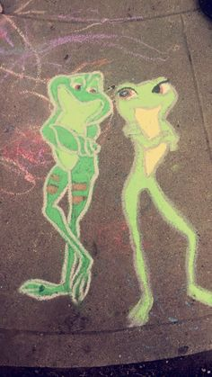 Princess and The Frog Chalk Art by Nikki Ricardez Chalk Art, Animal Art, Art Drawings, Street Chalk Art, Sidewalk Art, Chalkboard Art, Mini Canvas Art, Art, Canvas Art