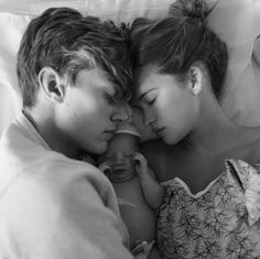 Model Lucky Blue Smith and Former Miss Teen USA Stormi Bree Welcome Daughter Gravity Lucky Blue Smith, Cute Family, Baby Family, Family Goals, Family Life, Cute Kids, Cute Babies, Stormi Bree, Couple With Baby