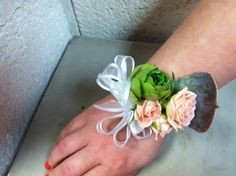 Corsages for the mother.