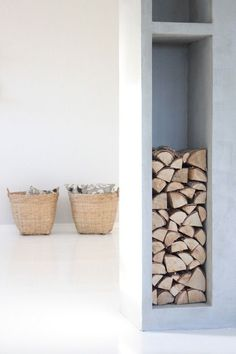 Wood storage niches to flank the woodstove suround Interior Design Kitchen, Interior And Exterior, Firewood Storage, Deco Design, Fireplace Design, My New Room, Decoration, Interior Inspiration, Architecture