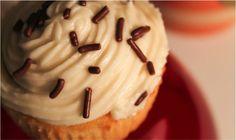 Homemade Vanilla Cupcake