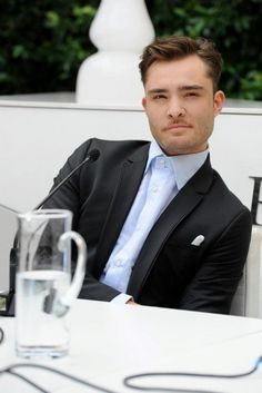 Ed Westwick à la conférence de presse Philipp Plein le 23 juin dernier.