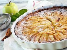 Apple Pie Recipes, Tart Recipes, Baking Recipes, Dessert Recipes, Yeast Starter, Tasty Bakery, Traditional Cakes, Baked Apples, Saveur