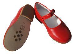 Bright red mary Jane www.gestipt.com 74,95