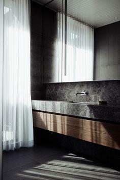 Journal Du Design, Building Photography, Timber Panelling, Interior Minimalista, Mermaid Beach, Exposed Concrete, Storey Homes, Minimalist Scandinavian, Architect Design