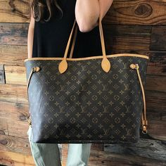 Louis Vuitton Neverfull GM JUST IN! Call/text u at 813-382-9491 if you would like to purchase before it goes online!