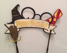 This Harry Potter cake topper has it all.the hat, the glasses, the scarf, the… Cumpleaños Harry Potter, Harry Potter Drawings, Diy Cake Topper, Fondant Cupcake Toppers, Bd Design, Harry Birthday, Anniversaire Harry Potter, Cricut Craft Room, Happy Birthday Banners