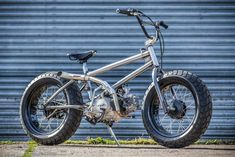 Have you ever look at kids on bicycles and reminisces your days on a BMX? Well, if you do, perhaps you want to relive those days, but with a grown up twist. Bmx Mongoose, Bmx Gt, Surf Mar, Bmx Ramps, Bmx Videos, Haro Bmx, Bmx Cycles, Bmx Bike Parts, Bicycle Tattoo