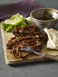 A beef brisket recipe for your slow cooker, with a barbecue sauce to add flavour and moisture to the meat. This sauce features tangy tomato spiked with vinegar, orange juice, and cloves to add a spicy-sweet twist. Beef Brisket Recipes, Bbq Brisket, Smoked Beef Brisket, Pork Recipes, Veggie Recipes, Spinach Recipes, Veggie Food, Bbq Beef, Recipies